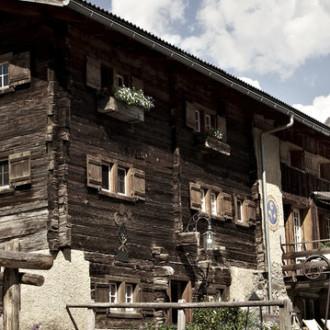 Hotel Guarda Val, 7078 Sporz / Lenzerheide  musikalische Unterhaltung ab 12.00Uhr